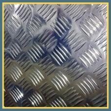 Лист нержавеющий рифленый 3х1250х2500 мм AISI 304 ASTM A240 «чечевица»